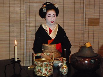 Tea ceremony before Kamogawa Odori.