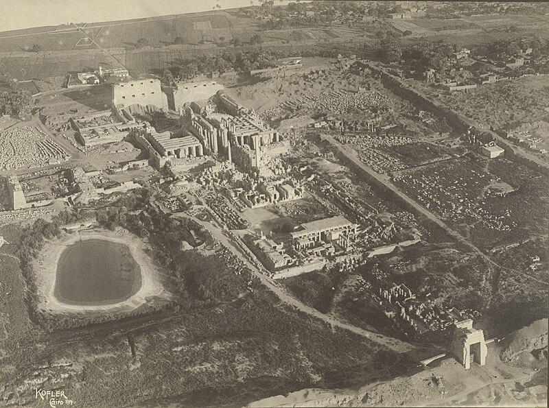 File:Temple Complex at Karnak.jpg