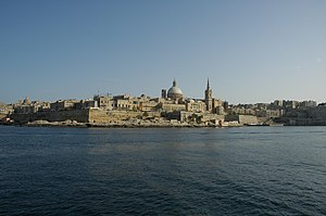 Deutsch: Valletta vom Marsamxett-Harbour