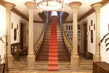 Stair Carpet Wikipedia | Carpet Risers For Stairs | Hardwood Floors | Staircase Makeover | Hardwood | Open Riser | Stair Railing