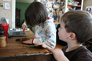 Example of unschooling (home-based, interesed-...