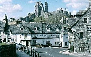 English: Corfe Castle