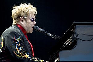 English: Elton John, English singer-songwriter...