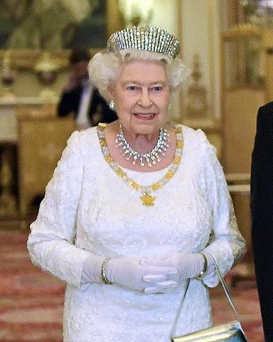 File Hm Queen Elizabeth Ii Jpg Wikimedia Commons