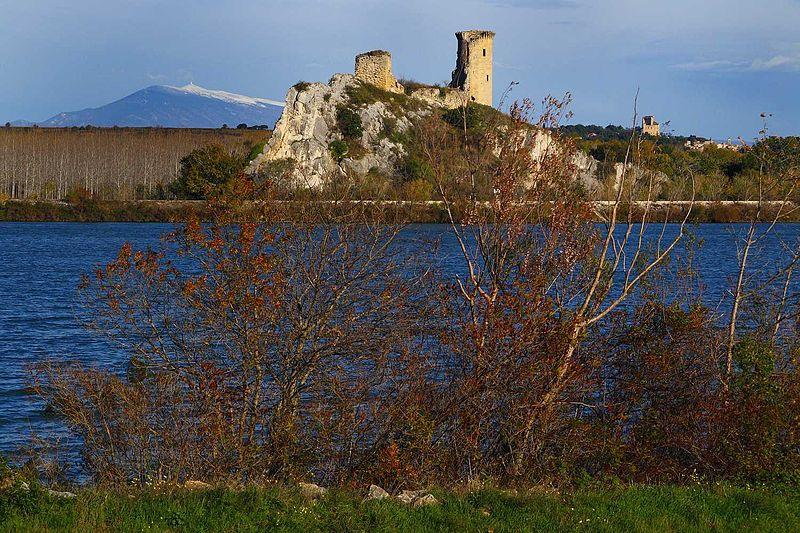 Fichier:HT Châteauneuf-du-Pape(84) Vue dep.la rive D.du Rhône 08.11.09a.jpg