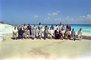 English: Heads of State at the Cancun Economic...