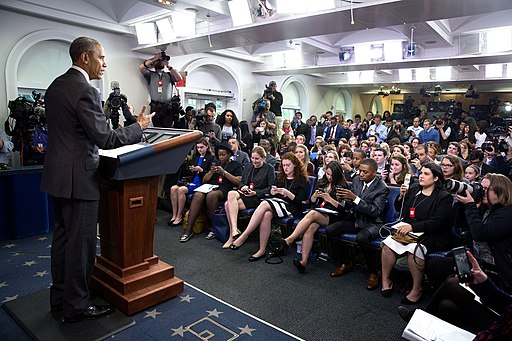President Barack Obama delivers remarks to student reporters during College Reporter Day (26608406502)