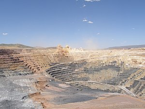 Twin Creeks gold mine, Nevada, USA; Carlin-sty...