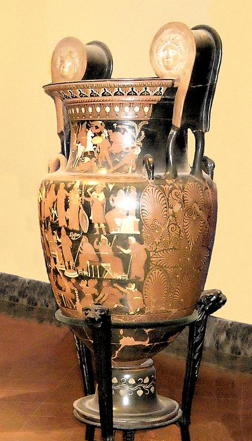 Darius vase Napoli Museum