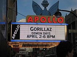 Gorillaz in concerto live all' Apollo Theater Marquee, nell'aprile 2006