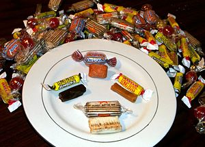 English: An assortment of candy from the Atkin...