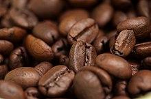 Biji kopi yang telah dimasak