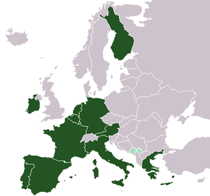 Map of Europe, green: Eurozone, lightgreen: ou...
