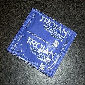 English: Unwrapped condom