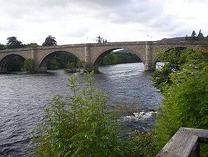 English: The Tay Bridge at Dunkeld This can we...
