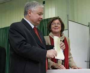 Polski: Prezydent RP Lech Kaczyński wraz z mał...