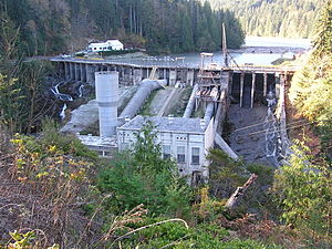 English: Elwha Dam constructed 1913, slated fo...