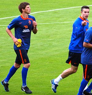 Klaas-Jan Huntelaar and Robin van Persie