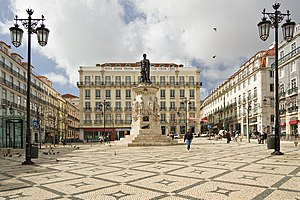 English: Camoens Square in Lisbon, Portugal Fr...