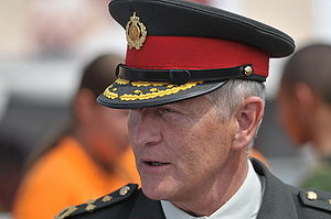 Commandant der Strijdkrachten sinds april 2008...
