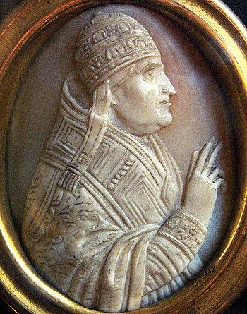 Pope John XXII Cameo