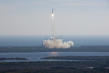 The maiden launch of the SpaceX Dragon on the ...