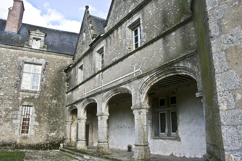 ChateauTalcy2