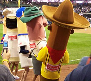 English: Start of the Sausage Race at Miller p...