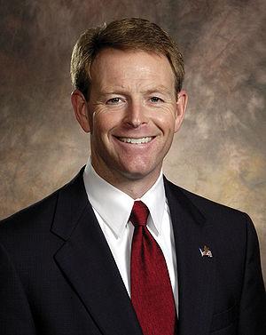 English: American politician Tony Perkins.