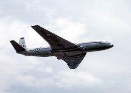 D.H. Comet, dünyanın ilk jet yolcu uçağı.