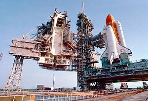 Space-Shuttle-Atlantis-Lanceerplatform
