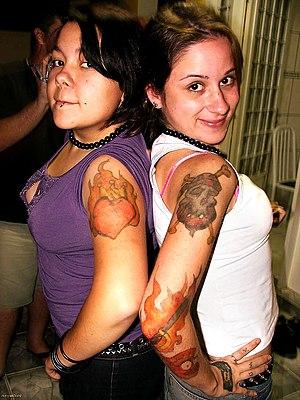 minhas queridas tatuadas pelo pirata nixolas. =D