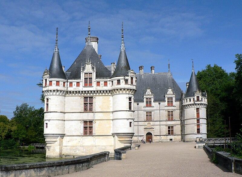 P1030700WK Chateau Azay le Rideau