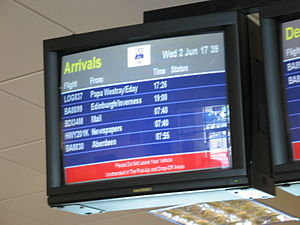 English: Arrival screen, Airport Lounge, Kirkw...