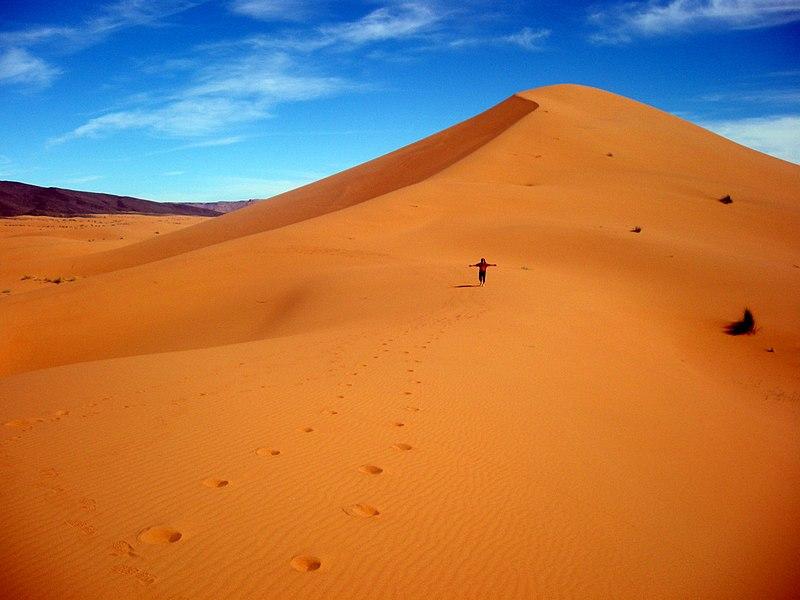 File:Marokko Wüste 01.JPG