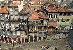 Ribeira Porto Portugal.jpg