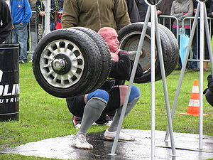 English: Strongman exercise: Front Squat Lift....