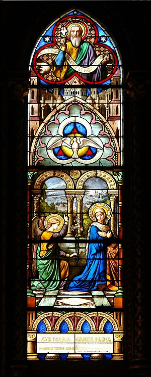 English: Stained glass windows at Notre-Dame, ...
