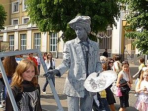 English: Living statues, performance art. Euro...