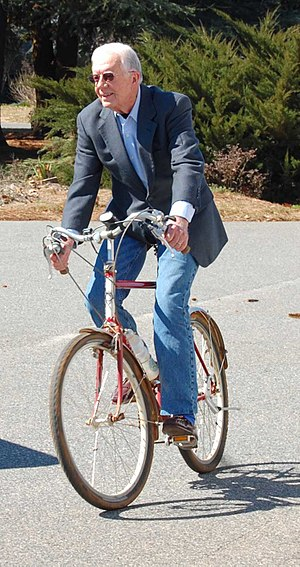 English: Jimmy Carter on bicycle. Plains, Geor...