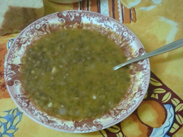 English: Lentils soup.