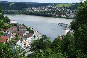 English: Three rivers edge (Ilz, Danube and In...