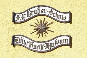 Deutsch: In diesem Gebäude unterrichtete Franz...