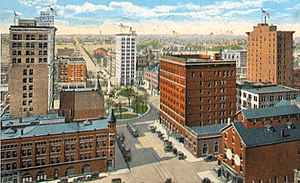 Youngstown, 1910s: Central Square and Viaduct ...