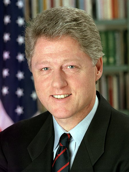 File:44 Bill Clinton 3x4.jpg