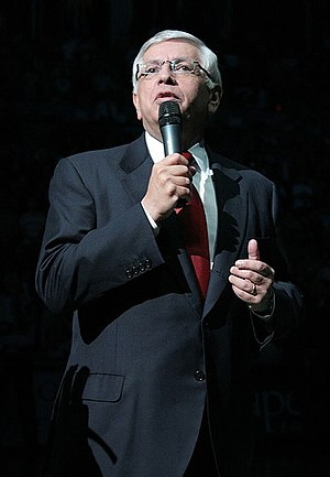 English: David Stern, commissioner of the Nati...