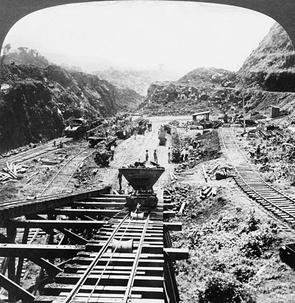 File:Panama Canal under construction, 1907.jpg