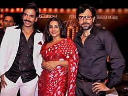 Emraan Hashmi is posing with co-stars