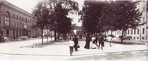 Unter den Linden with Brandenburg Gate in the ...
