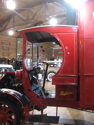 1915 Packard Model E 2 & 1/2 ton C-Cab truck o...